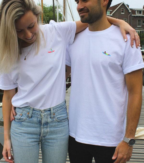 T-shirt brodé femme - Surfeuse