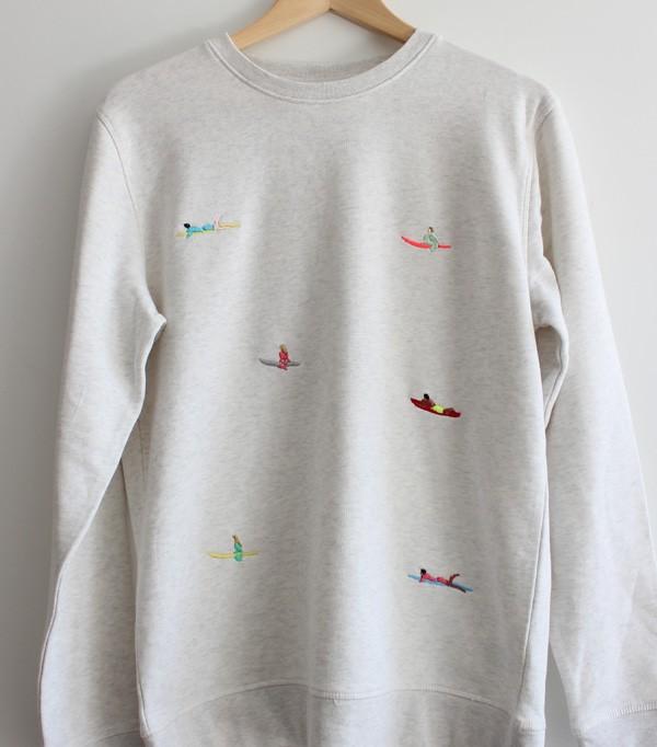 Sweatshirt brodé femme surf