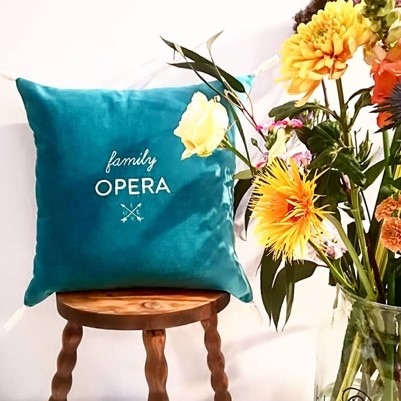 coussin broderie design