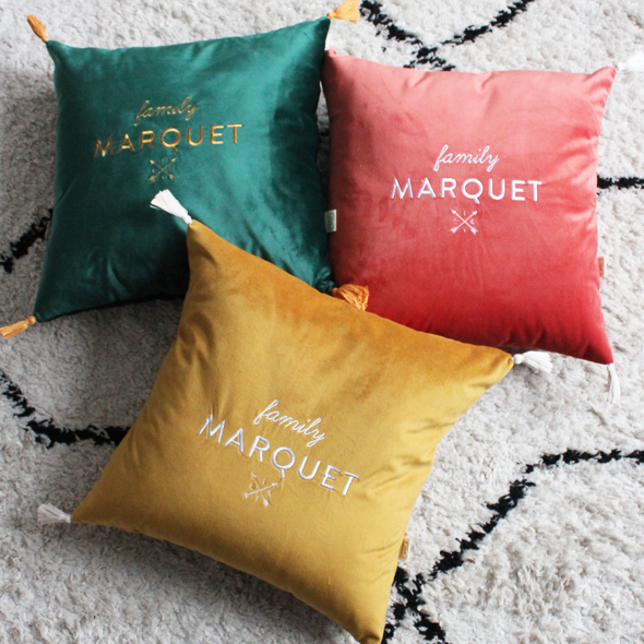 coussin famille marquet