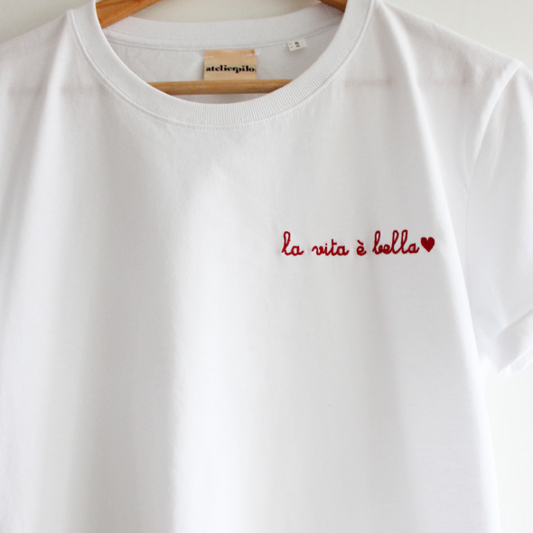 tee shirt brode personalise LA VITA E BELA